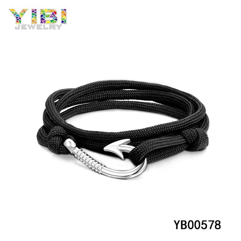fish hook paracord bracelet