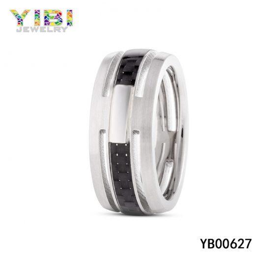 Ringen van koolstofvezel in roestvrij staal